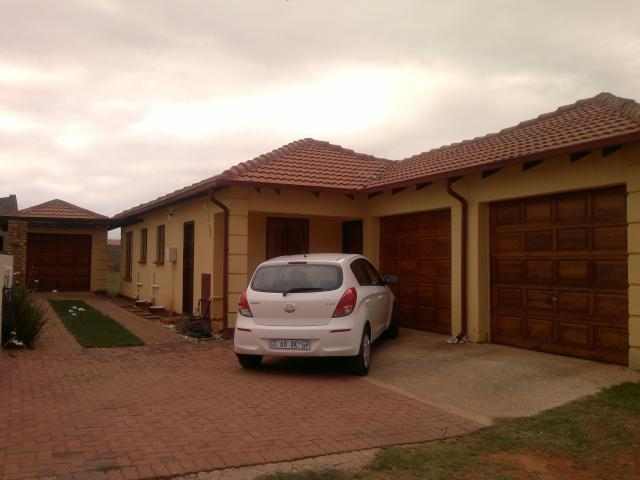 3 Bedroom House for Sale For Sale in Protea Glen - Private Sale - MR093963