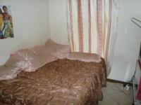 Bed Room 1 - 9 square meters of property in Karenpark
