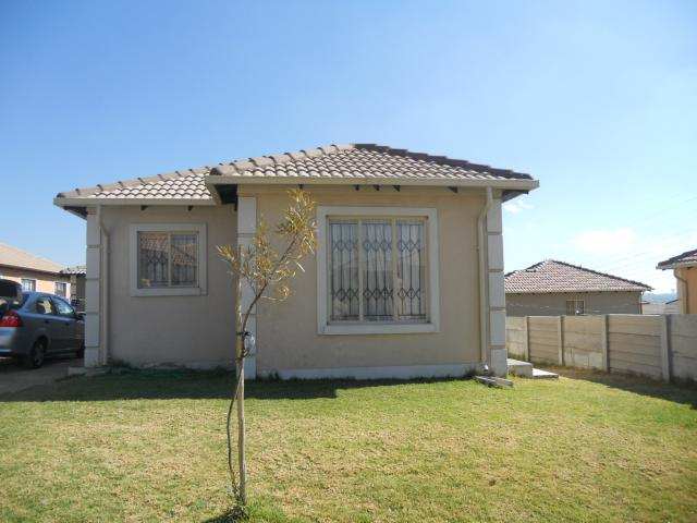 3 Bedroom House For Sale in Midrand - Private Sale - MR094084