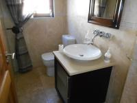 Bathroom 1 - 3 square meters of property in Sunninghill