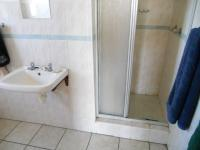 Main Bathroom - 7 square meters of property in Jeffrey's Bay