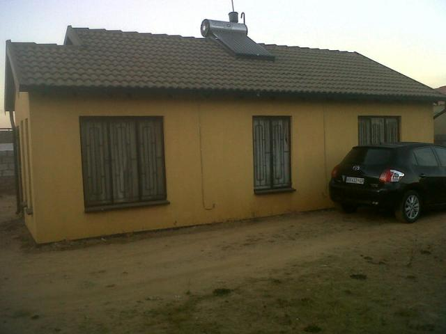 3 Bedroom House for Sale For Sale in Daveyton - Private Sale - MR094240