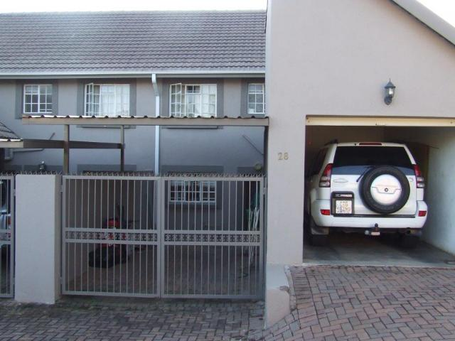 3 Bedroom Duplex for Sale For Sale in Nelspruit Central - Private Sale - MR094241