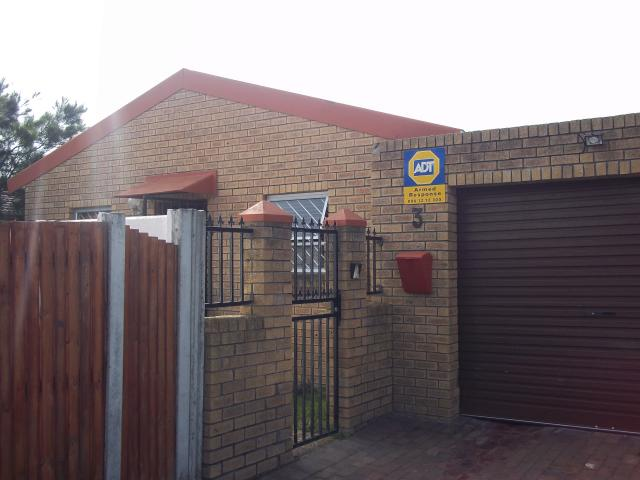 2 Bedroom House For Sale in Ottery - Private Sale - MR094242