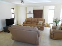 Lounges - 48 square meters of property in Fourways