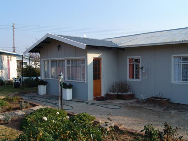 3 Bedroom House for Sale For Sale in Gariepdam - Private Sale - MR094360