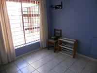 Bed Room 1 - 12 square meters of property in Kleinbosch