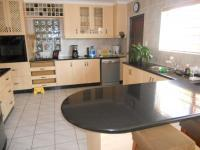 Kitchen - 22 square meters of property in Kleinbosch