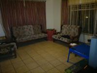 Lounges - 15 square meters of property in Rayton