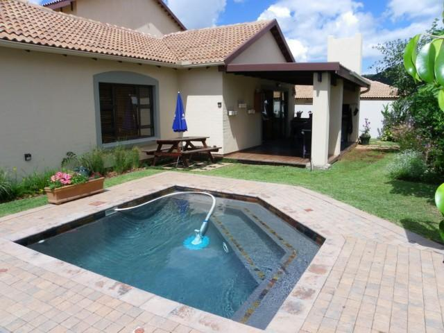 4 Bedroom House for Sale For Sale in Nelspruit Central - Home Sell - MR094467