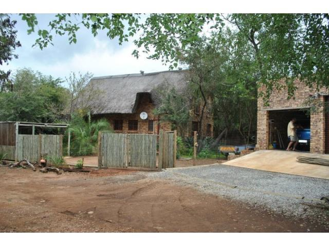 5 Bedroom House for Sale For Sale in Marloth Park - Private Sale - MR094494