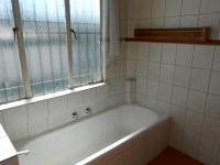 Bathroom 1 - 10 square meters of property in Villieria