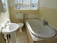 Main Bathroom - 5 square meters of property in Florida