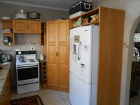 Kitchen - 30 square meters of property in Magalieskruin
