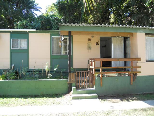 1 Bedroom Simplex For Sale in Port Shepstone - Private Sale - MR094671