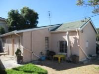 3 Bedroom 1 Bathroom in Rosebank - CPT