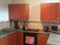 Kitchen - 8 square meters of property in Honeydew