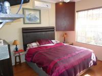 Main Bedroom - 14 square meters of property in La Montagne