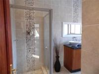 Bathroom 2 - 12 square meters of property in Hartbeespoort