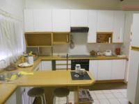 Kitchen - 23 square meters of property in Roodepoort