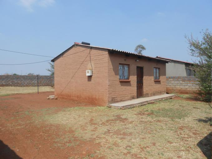 Standard Bank Repossessed 2 Bedroom House for Sale For Sale in Vosloorus - MR094905