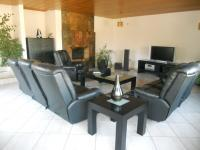 Lounges - 79 square meters of property in Meyerton