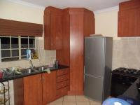 Kitchen - 12 square meters of property in Annlin