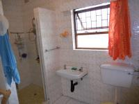 Bathroom 1 - 8 square meters of property in Southport