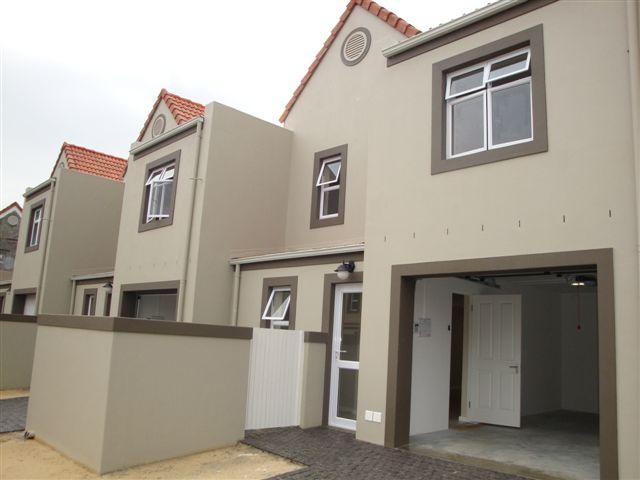 3 Bedroom Duplex for Sale For Sale in Paarl - Home Sell - MR094949
