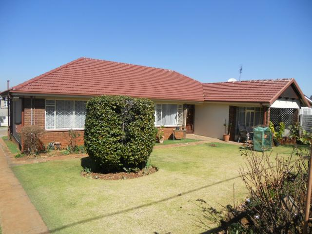 3 Bedroom House for Sale For Sale in Cyrildene - Private Sale - MR094993
