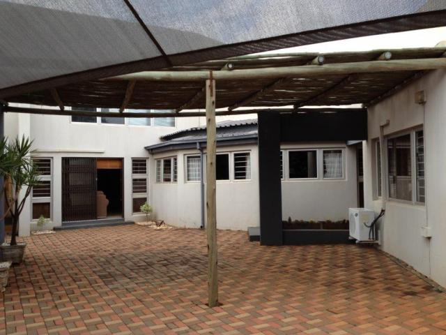 4 Bedroom House For Sale in Mokopane (Potgietersrust) - Home Sell - MR095027