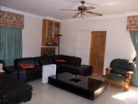 Lounges - 53 square meters of property in Eldoraigne