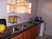 Kitchen - 28 square meters of property in Eldoraigne
