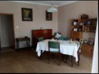 Dining Room - 21 square meters of property in Montclair (Dbn)