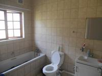 Bathroom 2 - 3 square meters of property in Shelly Beach