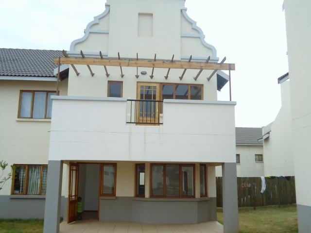 3 Bedroom Duplex for Sale For Sale in Pretoria North - Private Sale - MR095062