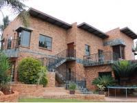 Front View of property in Zwartkop