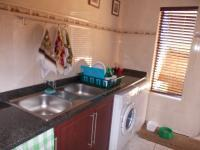 Kitchen - 49 square meters of property in Zwartkop