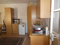 Kitchen - 14 square meters of property in Bergbron