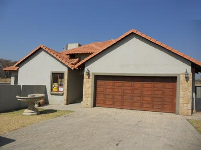 Standard Bank Mandated 3 Bedroom House for Sale on online auction in Silver Lakes Golf Estate - MR09518