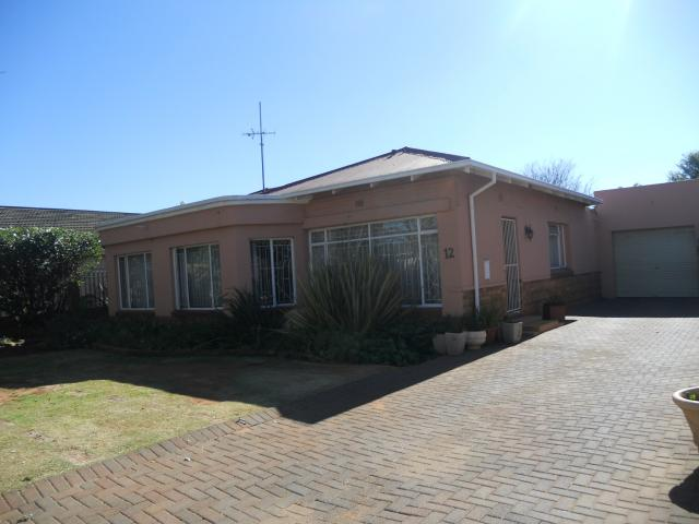 3 Bedroom House for Sale For Sale in Brakpan - Private Sale - MR095190