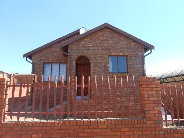 3 Bedroom House for Sale For Sale in Atteridgeville - Private Sale - MR095203
