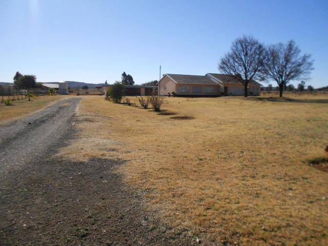 Smallholding For Sale in Meyerton - Home Sell - MR095225