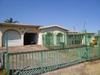 5 Bedroom 3 Bathroom in Sophiatown