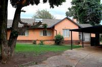 3 Bedroom 3 Bathroom in Northcliff