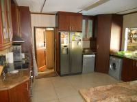 Kitchen - 18 square meters of property in Glen Hills