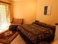 Main Bedroom - 16 square meters of property in Bryanston