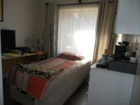 Bed Room 1 - 12 square meters of property in Gillview
