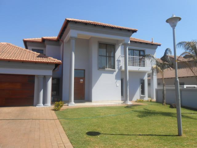 4 Bedroom House For Sale For Sale In Centurion Central