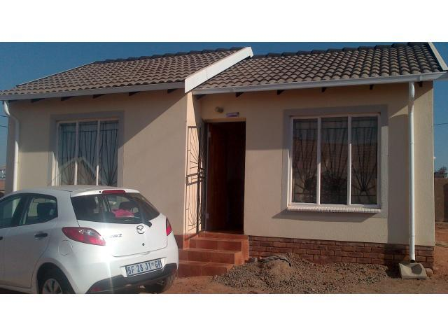 2 Bedroom House for Sale For Sale in Mabopane - Private Sale - MR095410